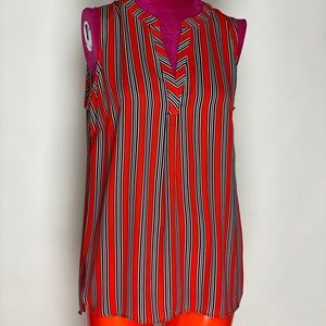 Striped, sleeveless tunic.